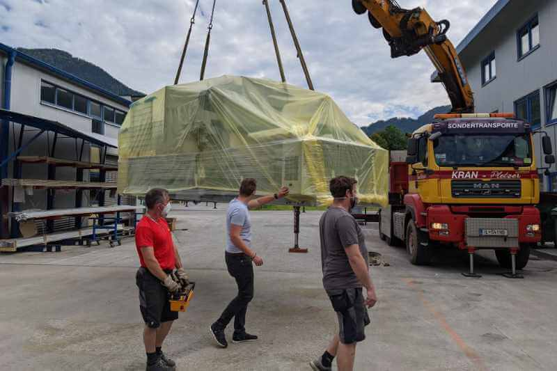 Expansion of machinery CNC 5-axis machining centre June 2021 2